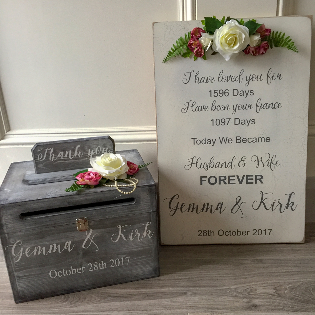 Gemma Wedding podtbox and sign